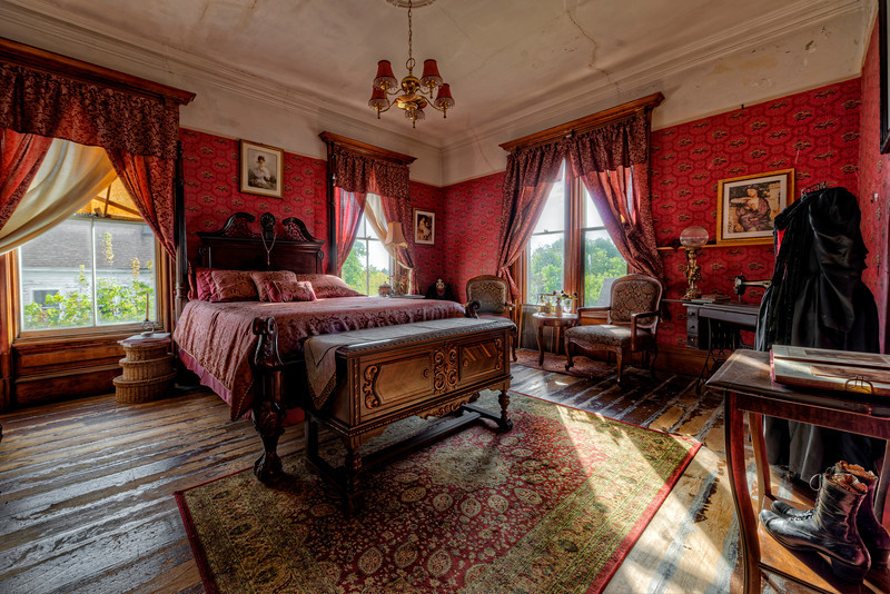 The Red Room.jpg