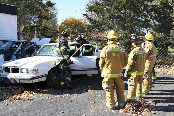 BENSENVILLE FIRE PROTECTION DISTRICT, IL AUTO EXTRICATION (10/21/2010)