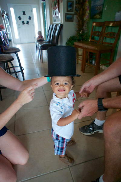 LINCOLN 1st BIRTHDAY PARTY_ 27.jpg