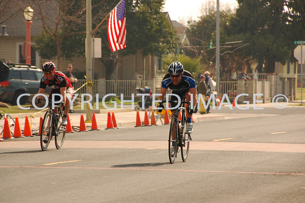 Dinuba - Cat 4/5, Master 35+ 4/5 and Master 35+ 1/2/3