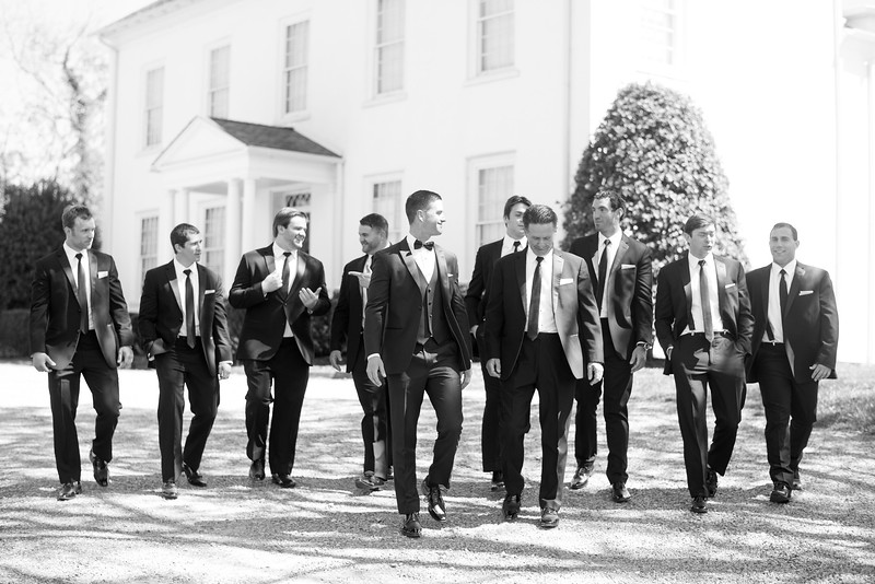 groomsmen-wedding-photographers-crescent-bend (42 of 56).jpg
