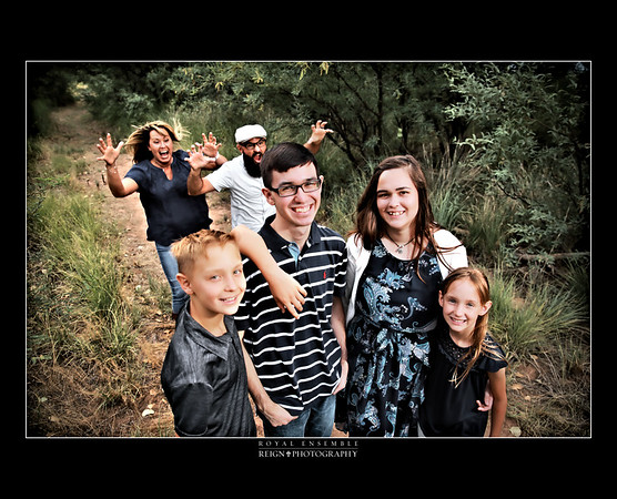 The Borquez Family & Katelynn (HS Senior)