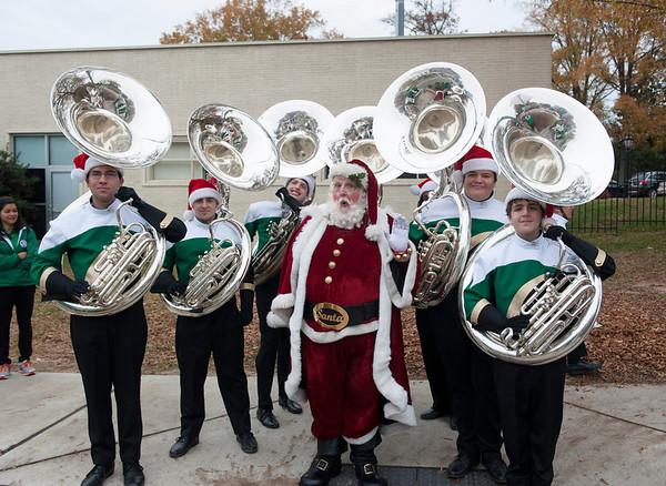 2013-11-23: Raleigh Christmas Parade