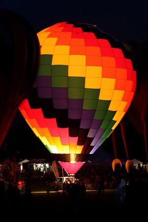 Quechee - Balloon Glow
