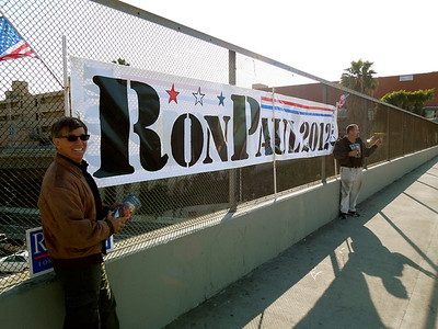 RON PAUL FRY BANNERING 2