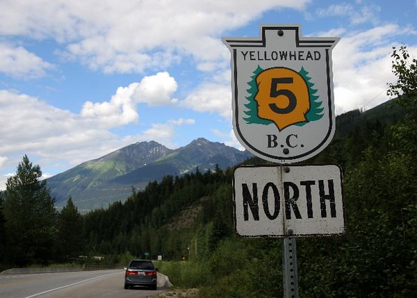 yellowhead highway2.jpg