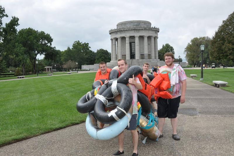 160917 Family Weekend Tube Race teams in front of Clark Memorial (2).JPG