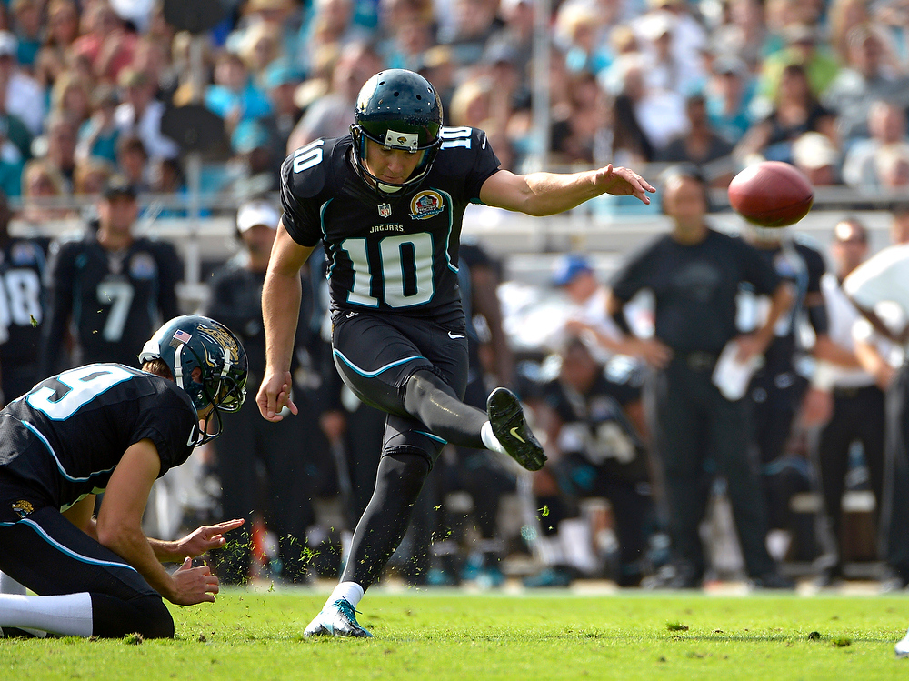 . Jacksonville Jaguars kicker Josh Scobee (10) kicks a 31-yard field goal against the New York Jets during the first half of an NFL football game, Sunday, Dec. 9, 2012, in Jacksonville, Fla. (AP Photo/Phelan M. Ebenhack)