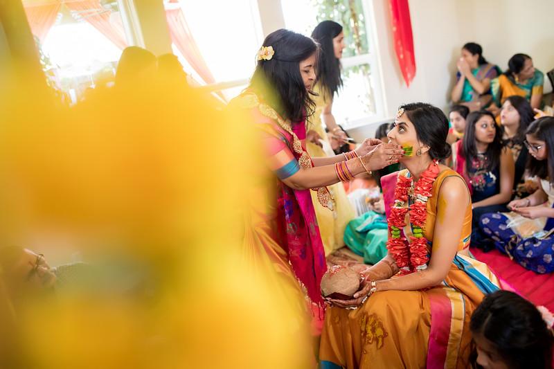 Hina_Pithi_Pooja-214.jpg