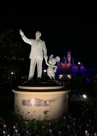 Disneyland 2019 5x7