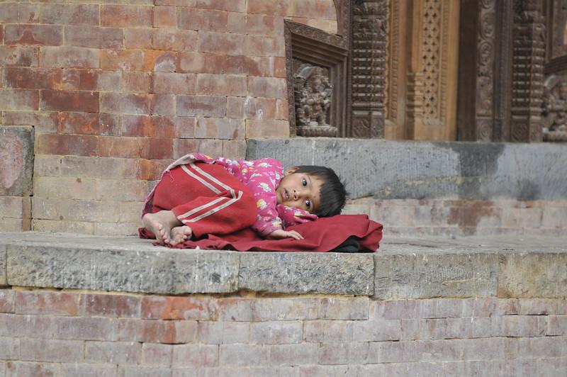 080523 3238 Nepal - Kathmandu - Temples and Local People _E _I ~R ~L.JPG