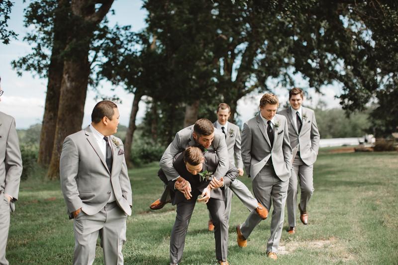 WeddingParty_085.jpg