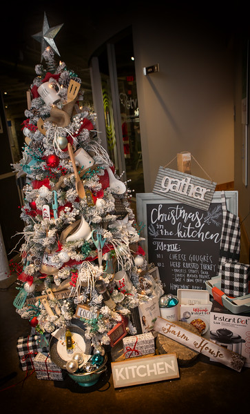 2018 Festival of Trees Auction Preview