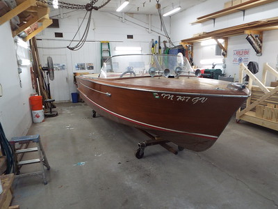 1960 18 ft Chris Craft Continental