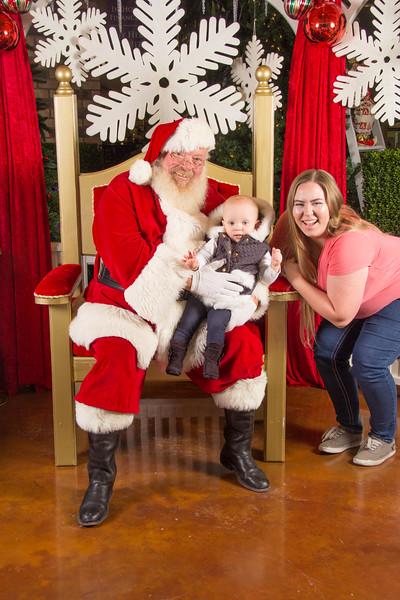 Santa 12-16-17-252.jpg