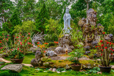 Hue, Dong Thuyen Pagoda and Monastery