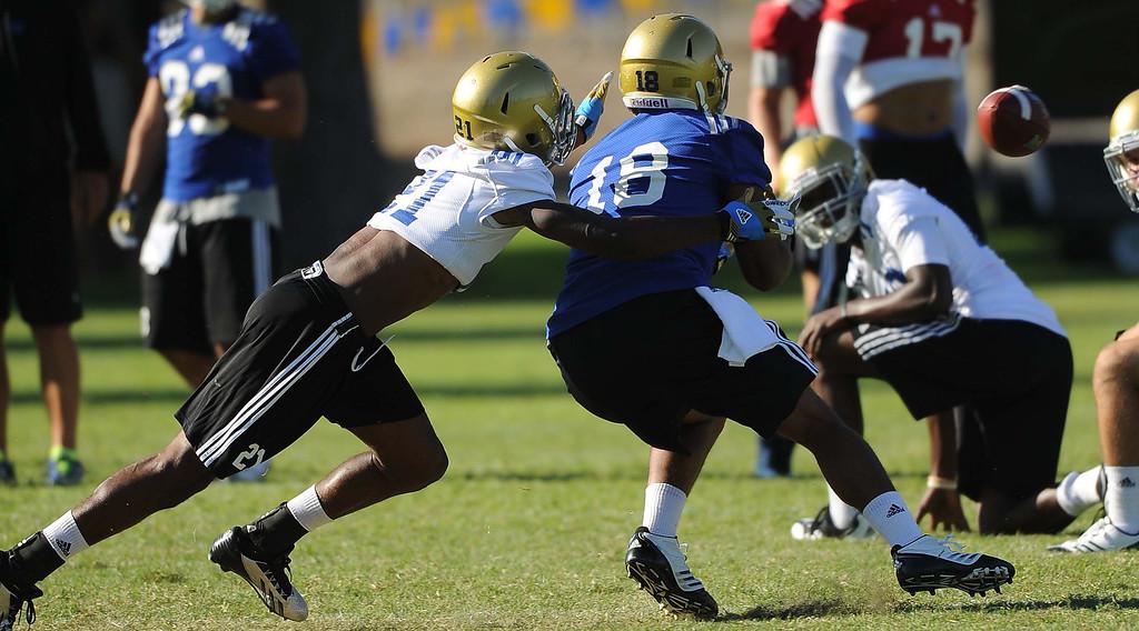 . UCLA football team Second day preseason training camp practices at Cal State San Bernardino on Thursday, Aug. 8, 2013. LaFonzo Carter/ Staff Photographer