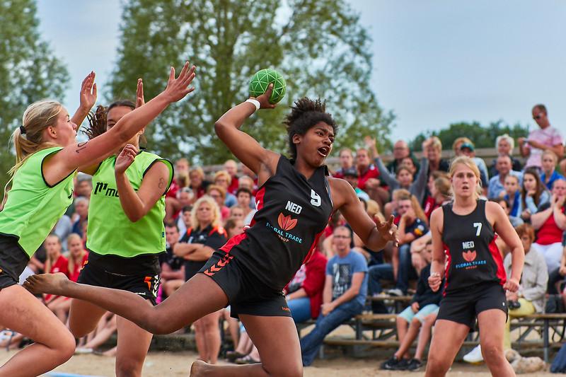 Molecaten NK Beach Handball 2017 dag 1 img 567.jpg
