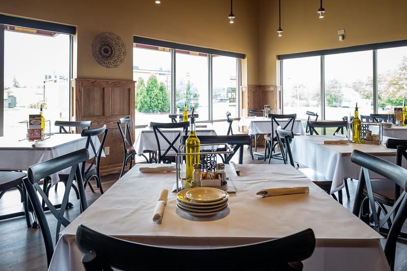 3Pizzeria-Dining-Room-JULY2019_-20383.jpg