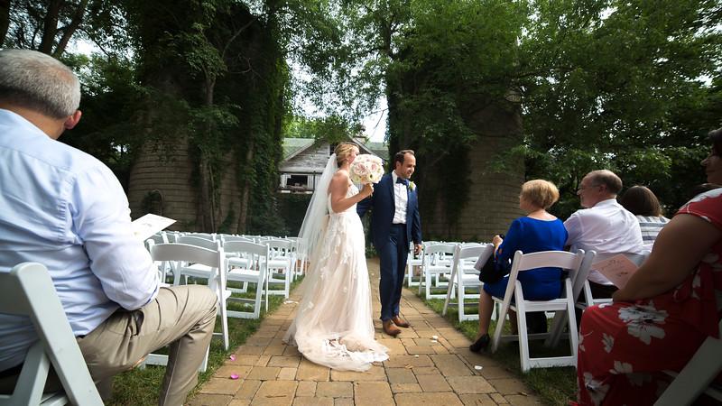Garrett & Lisa Wedding (510).jpg
