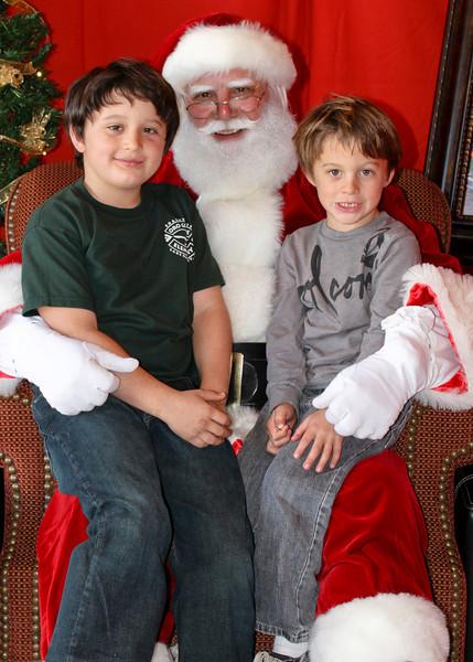 Santa Clause 11DEC2010-442Master.JPG