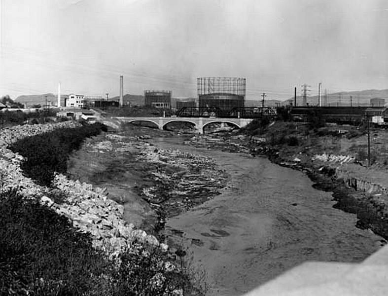 LA-River03.jpg