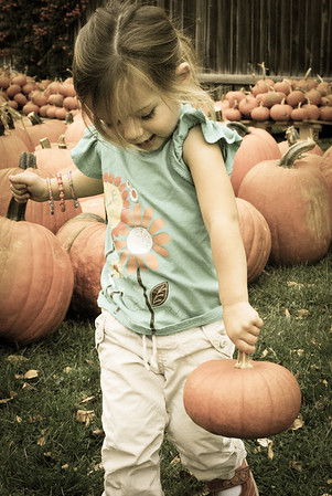 Keeley at Pumpkin Patch