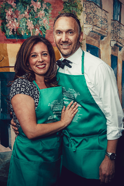 Mike Maney_CB Cares Celebrity Waiters 2019-72.jpg