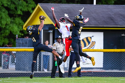 Monroe Redhawks vs. Forest Hills Yellow Jackets - 09/12/18