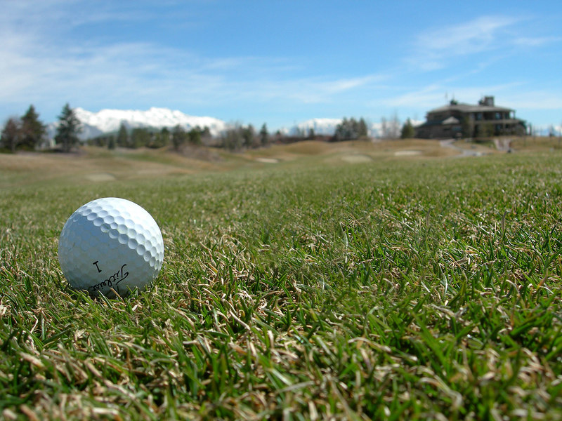 3/16/07 – Photo 1: My first round of golf of 2007. I had two photos and couldn't decide which to post so I'm posting both. I'm not sure why I like this photo. It just worked for me with the ball in the foreground and the club house in the background.