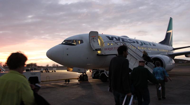 Bermuda-Flying-Home-01.JPG