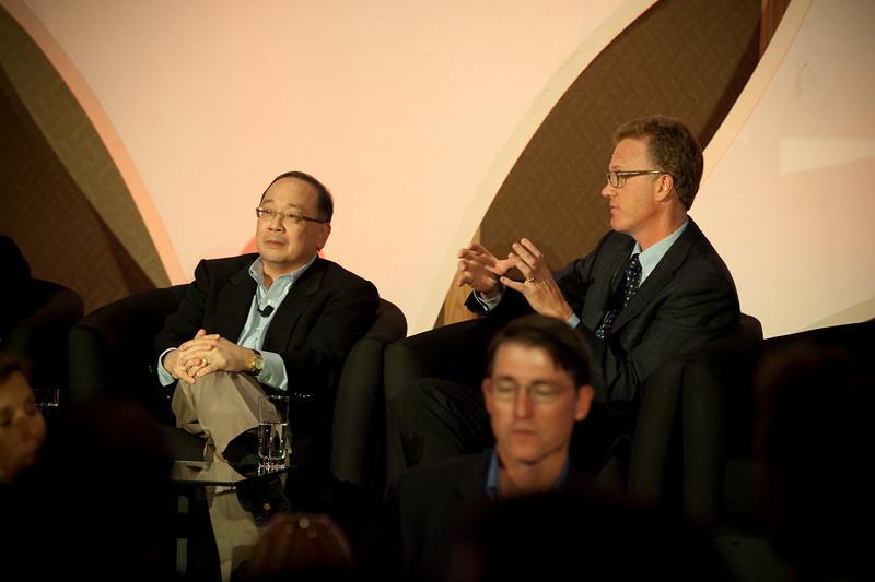 "Dinner Discussion: ""Good Ideas Need Money"": Mark Ashida (L), Partner, OVP Venture Partners; and Daniel Malarkey, Deputy Director, Washington State Department of Commerce"