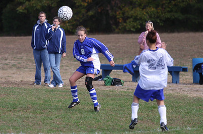 Mon Don Girls JV Soccer vs Lakewood 10-18-08