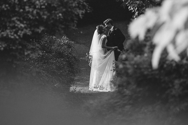 Jess & Oli,Dewsall Court,UK.