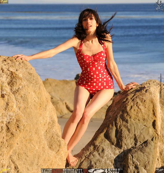 matador swimsuit malibu model 654..34545.jpg