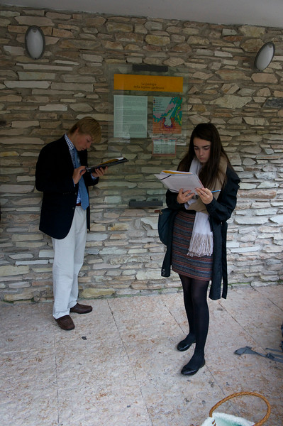 Holmes and Janie working on their assignment at the Grotto di Catulla