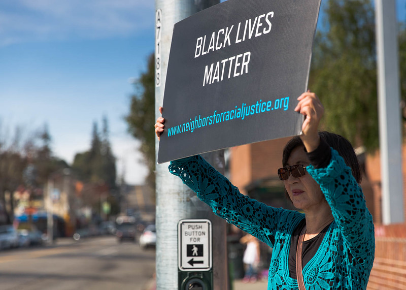 20161105 - 974C0027 -Dimond Neighbors for Social Justice - photographed by Sam Breach 2016 - 1080 short edge.jpg