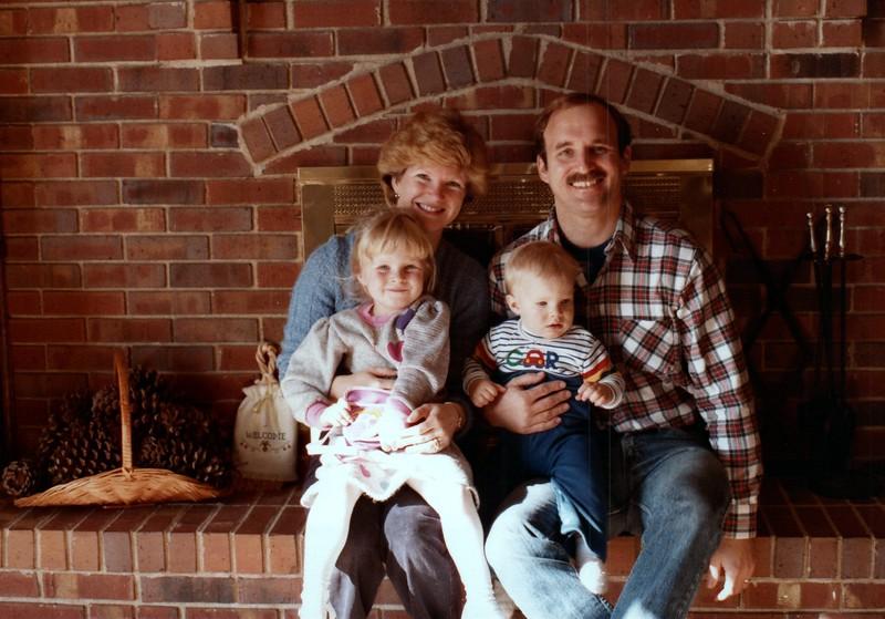 1984_November_Maren_Birthday_and_Christmas_photo__0017_a.jpg