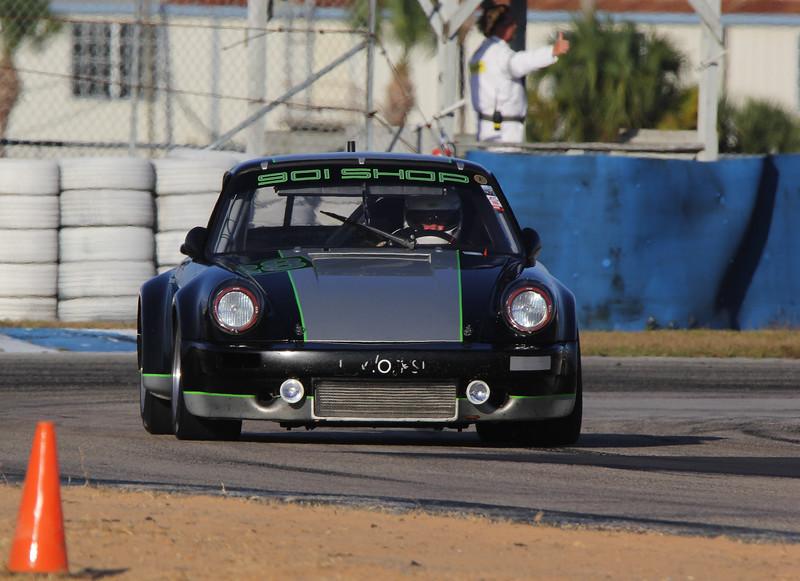 HSR-SebClassic-12-3-16_0006-#28-Porsche.jpg