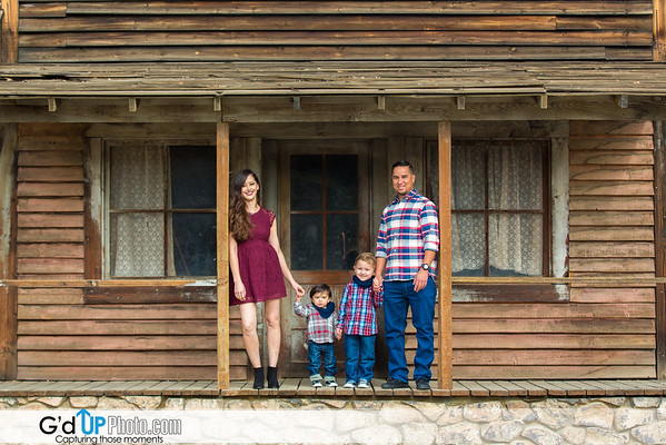 Hilda & Raul Family