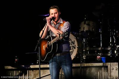 Easton Corbin - Billy Bob's Texas - 4/29/17