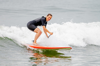 Kelly Martinsen SUPing Long beach 8-4-21