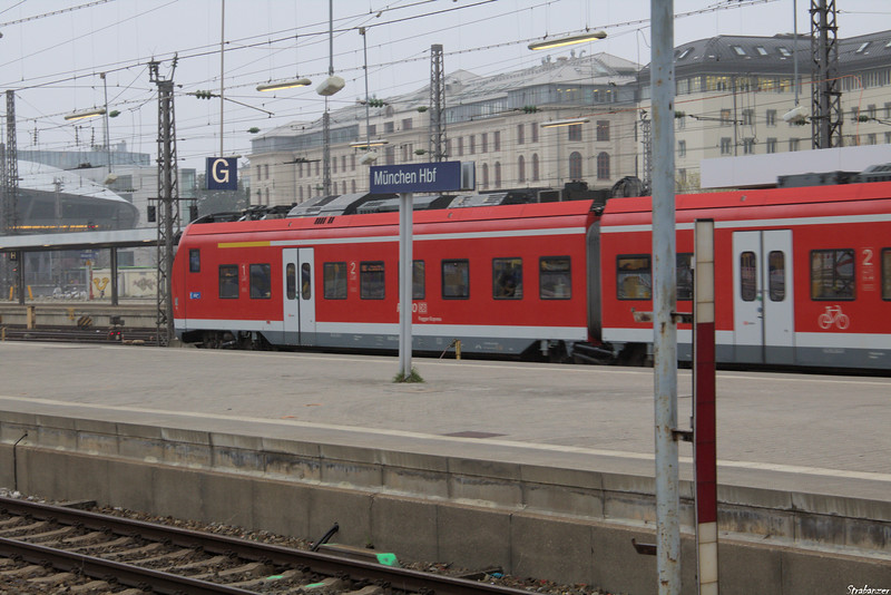 DB BR 440, or Coradia Continental Munich Hauptbahnhof, 04/05/20199 This work is licensed under a Creative Commons Attribution- NonCommercial 4.0 International License