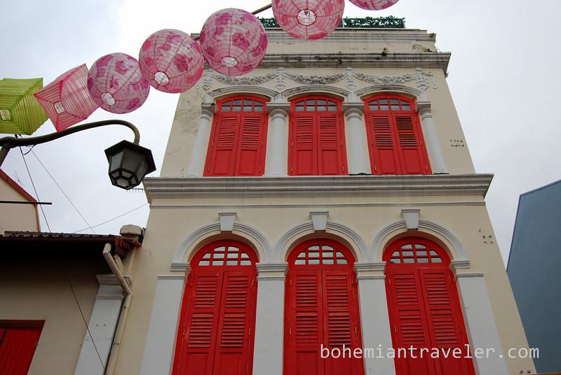 lanterns and building Chinatown.jpg