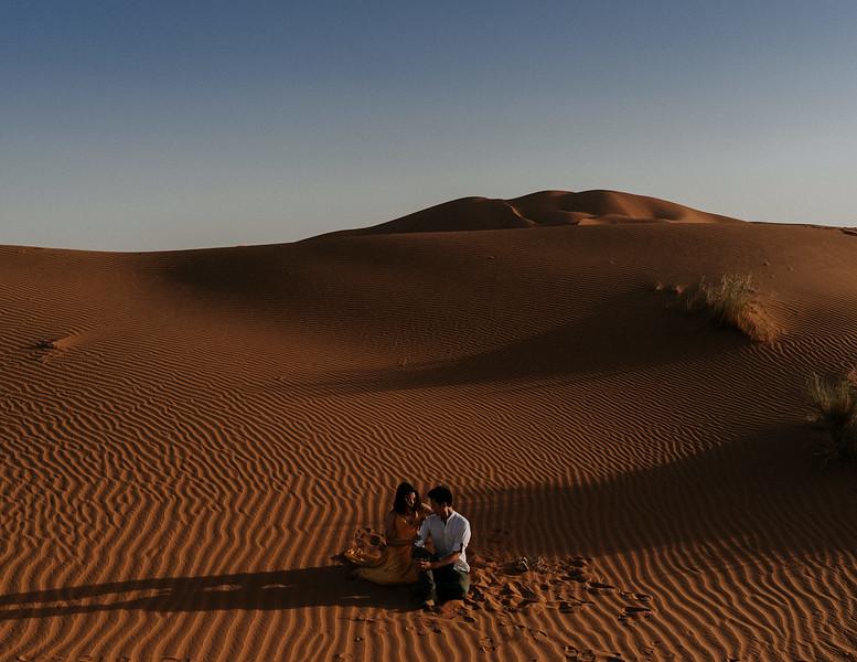Tu-Nguyen-Destination-Wedding-Photographer-Morocco-Videographer-Sahara-Elopement-358.jpg