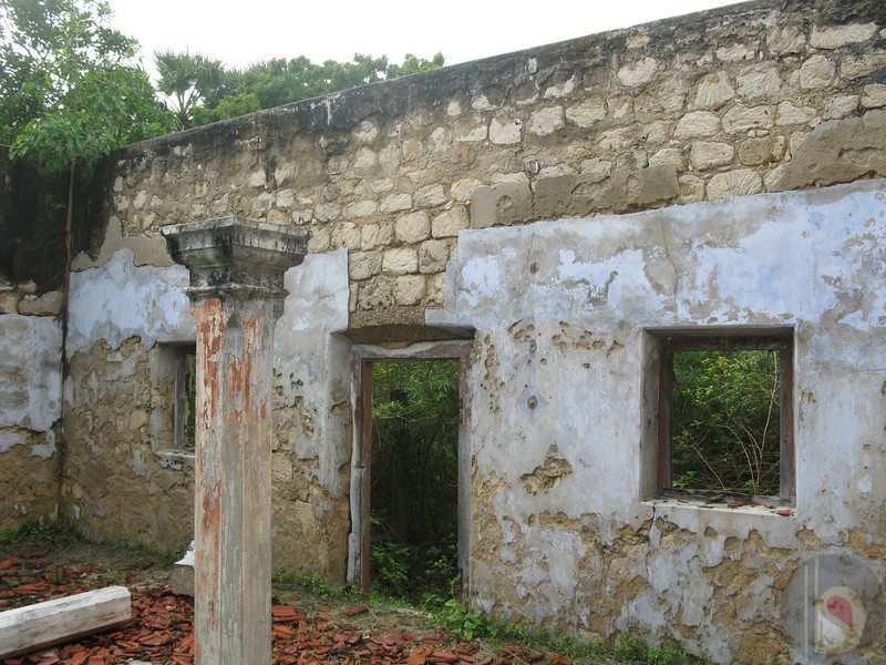 THE  KARAMPON HOUSE  - CENTER OF THE HOUSE -  NADU MUTRAM / MARKU THINAI ENTRANCE