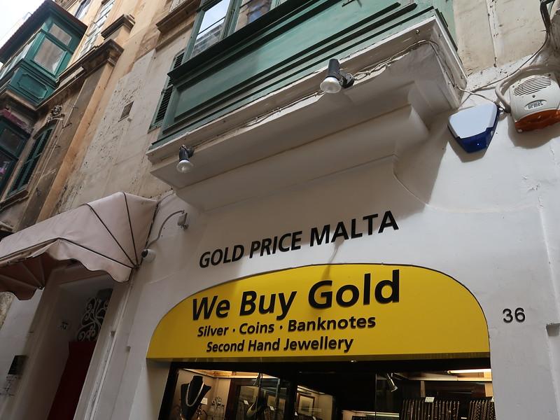 IMG_7311-we-buy-gold.JPG