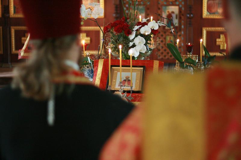 2009-St. Vladimir_s Day_album229_-Vigil_album230_-img_8191.jpg
