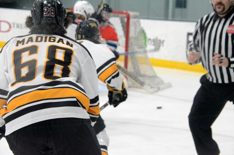 180281 Junior Bruins Hockey-012.JPG