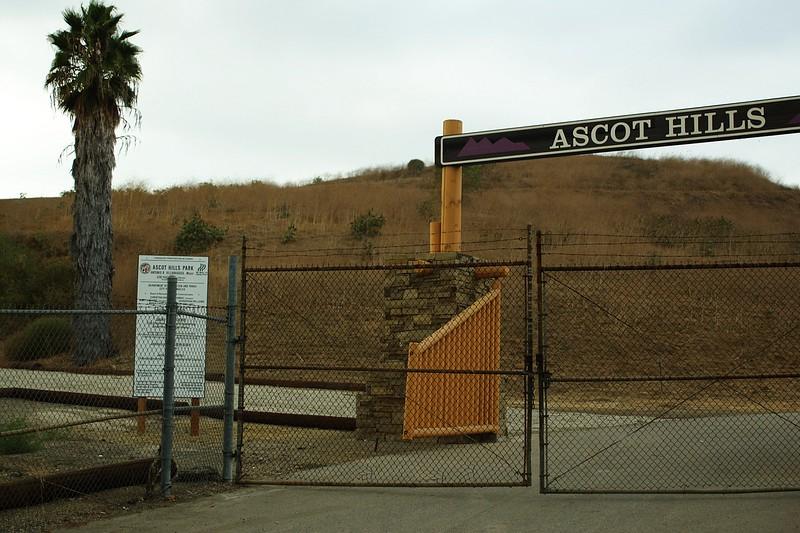AscotHillsPark003-Entrance-06-10-16.jpg